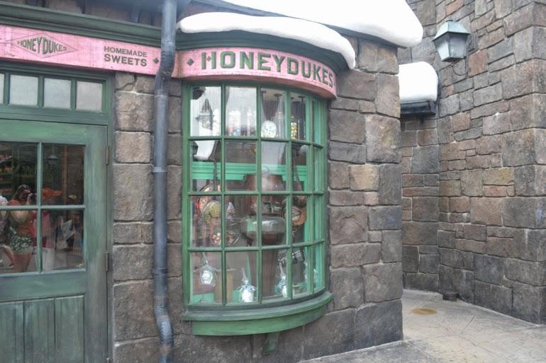 hogwarts, universal studios, island of adventures, orlando, honeydukes