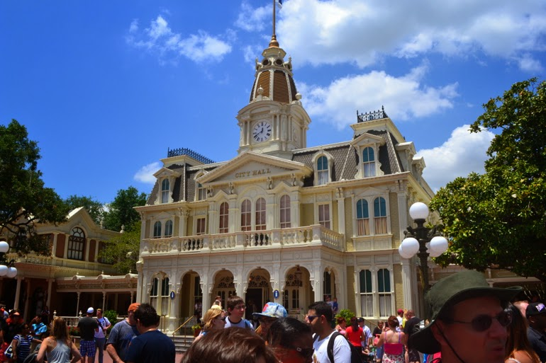 magic kingdom city hall