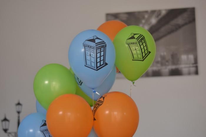 Tardis Balloon