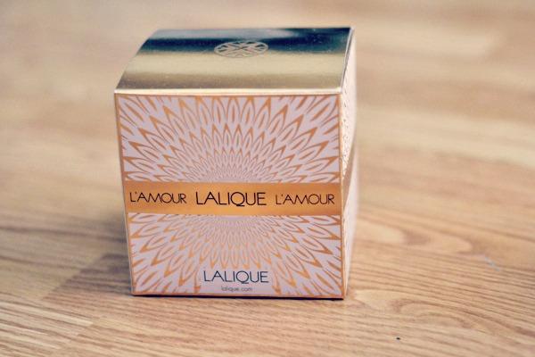 l amour lalique perfume