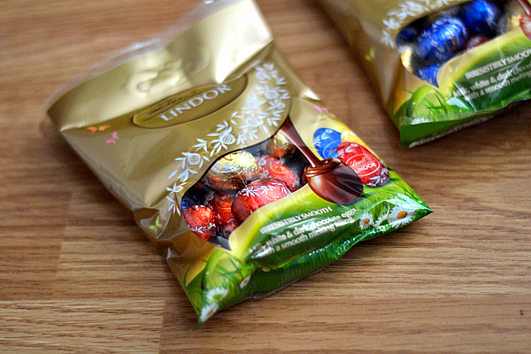 Lindt Lindor Assorted Mini Eggs