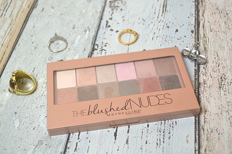 The Blushed Nudes Maybelline Palette review