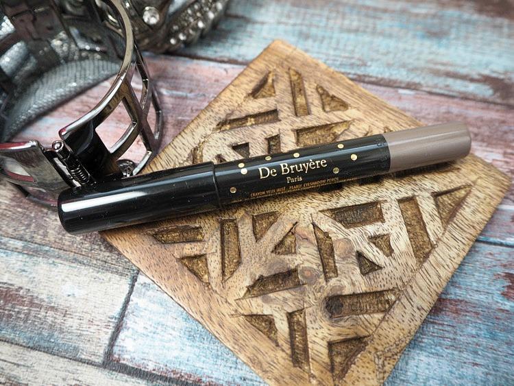 de bruyere eyeshadow pencil