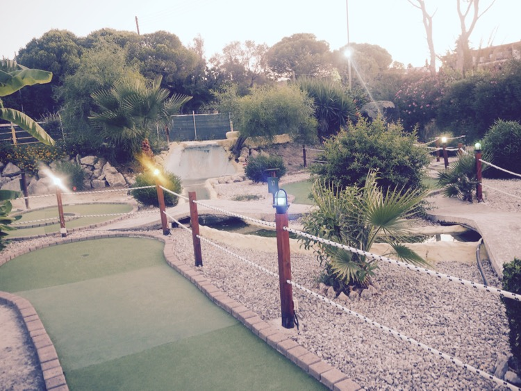 Molly Malone's Irish Bar & Mini Golf Agrassi Zante