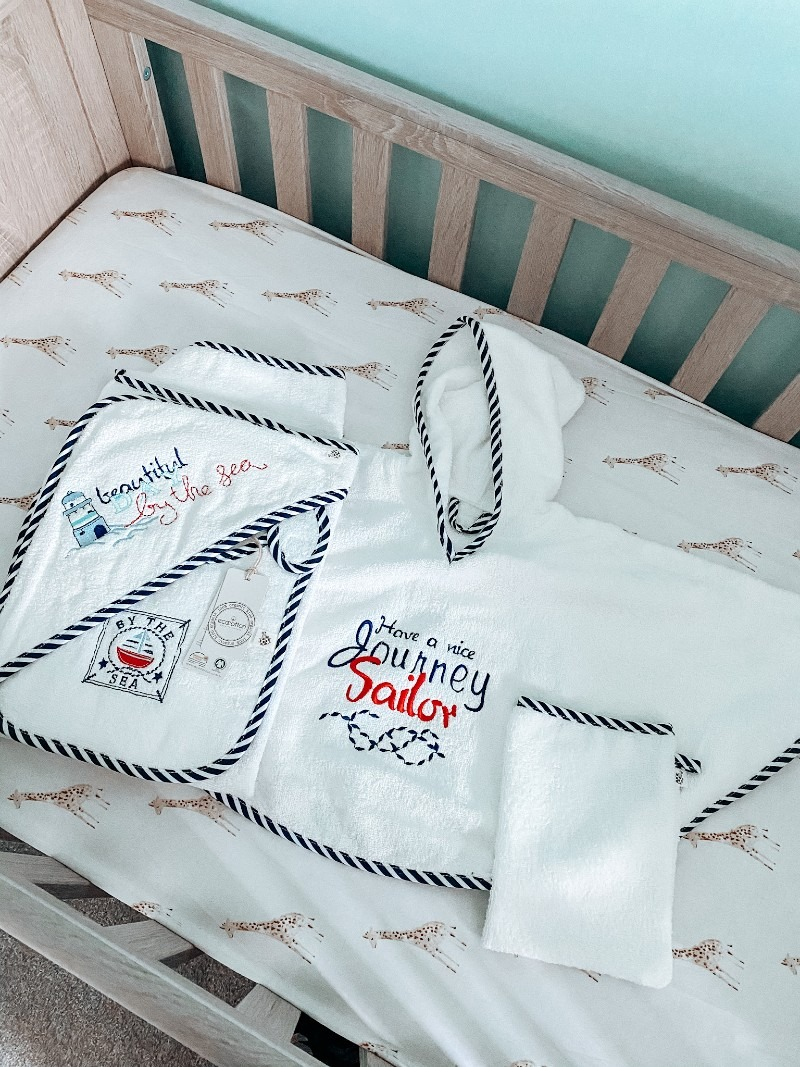 Cotton and Olive Organic Cotton Baby Poncho Set + Giveaway